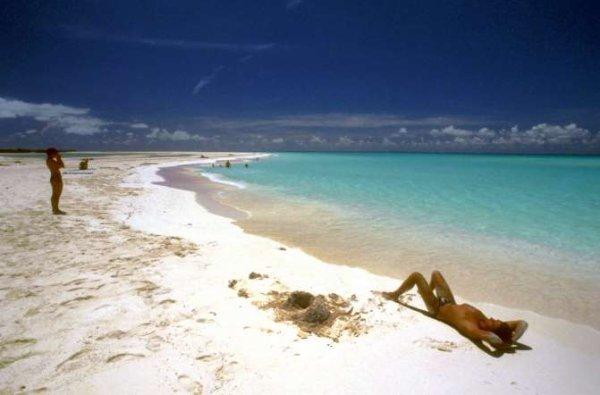 Dans les plus belles plages du monde l l for Plus belles places du monde