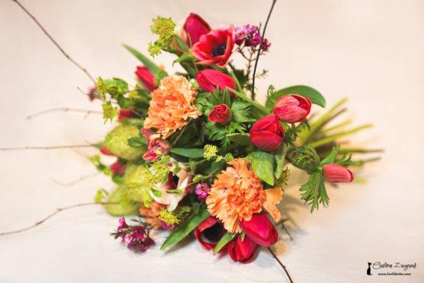 si vous aimez confectionner des bouquets de fleurs coup es toujours bon savoir l. Black Bedroom Furniture Sets. Home Design Ideas