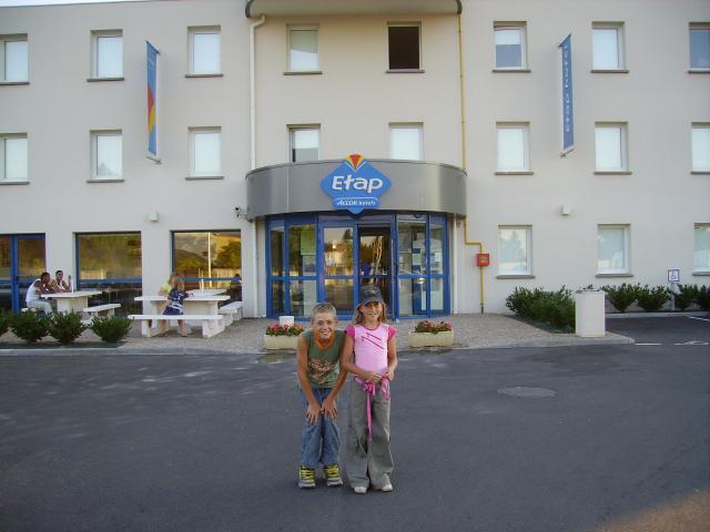 ** A l hôtel **