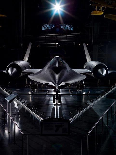SR 71 this what he would fly if Darth Vader had an airplane