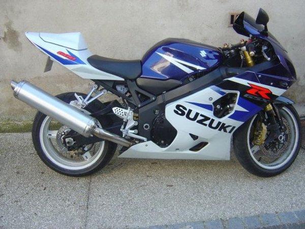 Je kiff cette moto je la vue