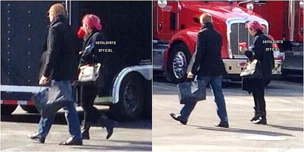 01.03.2014 - Demi a été vue arrivant à la salle de concert à Camden dans le New Jersey.