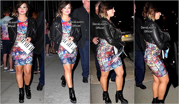 13.08.2014 - Demi a été vue arrivant à son hôtel à New York.
