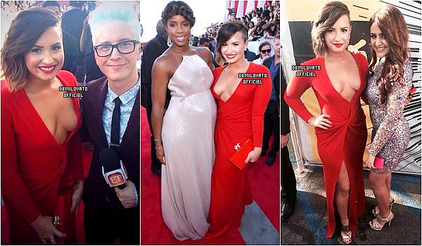 24.08.2014 - Demi a assisté aux MTV Movie Awards à Inglewood en Californie. (Vidéo) Elle a annoncé les Maroon 5 avec Jason Derulo.