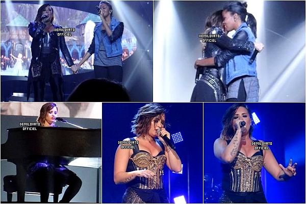 17.09.2014 - Demi a fait un meet and greet à la Nouvelle Orléans.