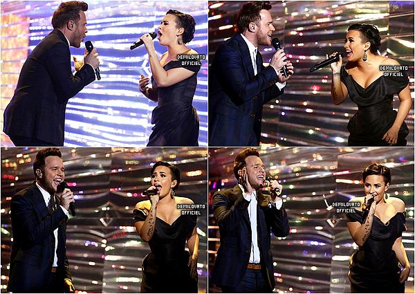 14.12.2014 - Demi a chanté UP avec Olly Murs sur le plateau d'X Factor UK à Londres en Angleterre. (Vidéo)