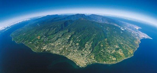 ☆ île de la Reunion ☆ ..°• Fière d'être Réunionnaise •°.. ÉLU LA PLUS BELLE ÎLE DU MONDE