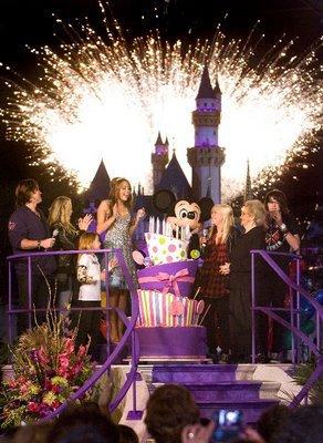 Joyeux Anniversaire Miley !!!!! :D