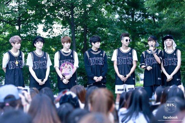 Joyeux anniversaire BTS !!