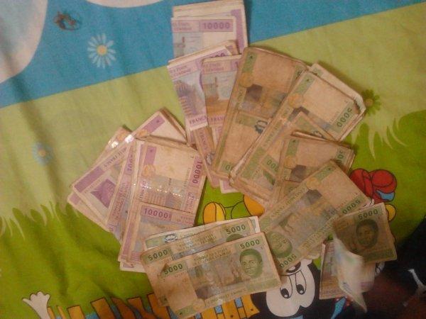 mony!!!!!! francs cefa!