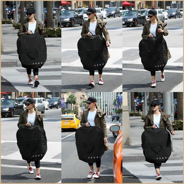 ● Dianna apperçue à Beverly-Hills!