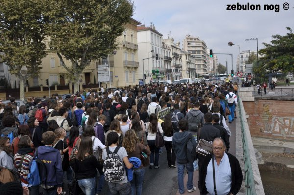 manifestation mardi 18 octobre perpignan 2011.