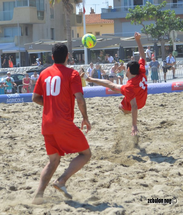 . BEACH SOCCER TOUR ... F.F.F