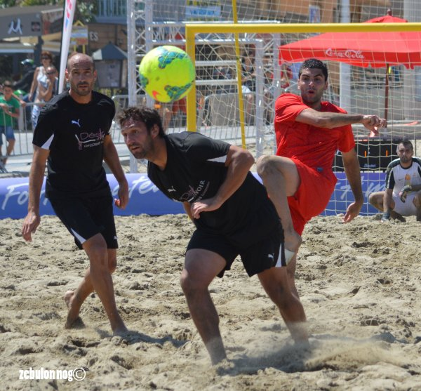 . BEACH SOCCER TOUR ... F.F.F