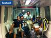 """21/08/11: """" Je vous poste une photo que l'on a prise dans l'aéroport. Tout allait bien jusqu'à ce que notre vol ait été annulé. Patience et sourire pendant les 5 prochaines heures d'attente !"""""""