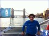 """19.11.11 : """" Traversant le London Bridge ! Nous devons toujours prendre le bateau pour aller de l'hôtel au tournoi :) Demain premier tour contre Fish à 20h !!"""""""