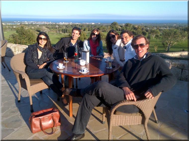 """09.04.12 : """" Profitant d'une belle journée à Majorque avec mes amis."""""""