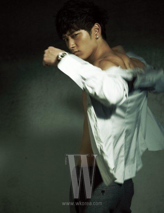 """Chansung (2PM) obtient le rôle principal du film """"5 Brothers of Deoksuri"""""""
