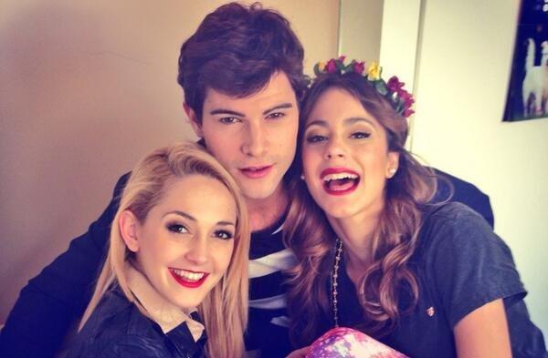 Martina, Mercedes, Diego. ♥