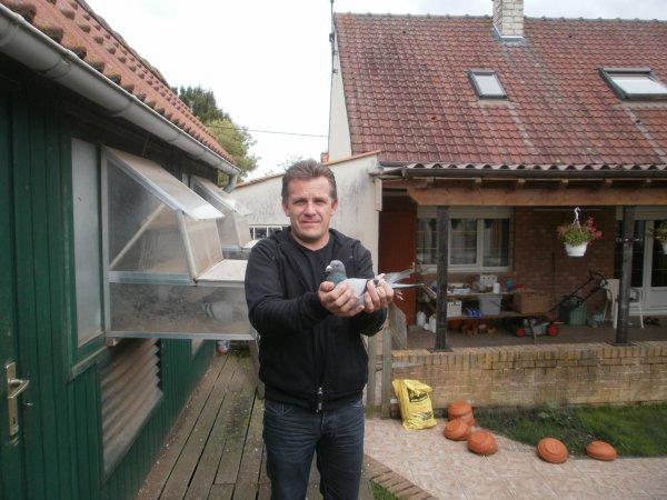 """Mr Lebas Patrick de D Angres """" Merci Patrick """" et Vaccination anti Poquettes ce 08/07/13 avec Diftosec"""