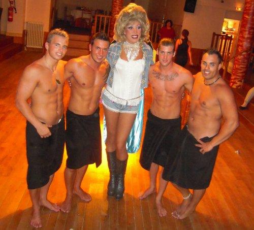 Queen Sugar Kane en compagnie des Body's Exciting
