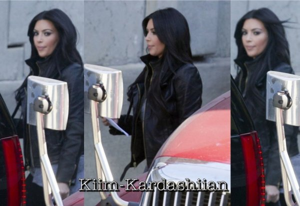 """11/11/11. Kim a été repéré surlendemain tournage de """"The Marriage Counselor""""."""