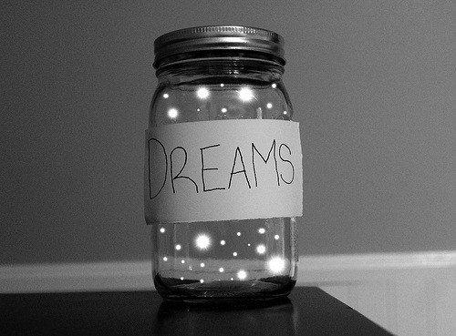 Fais de ta vie un rêve et de ton rêve une réalité