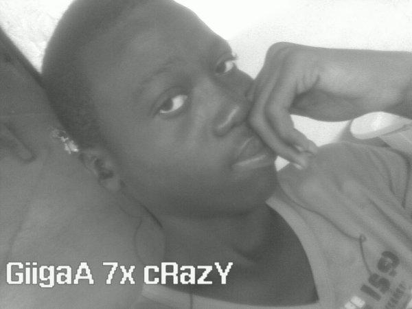 Cmmdt Giga GArcOn 7x Crazy