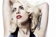 Lady Gaga sera présente lors de la soirée des Grammy Awards 2012 et Lady Gaga et Taylor Kinney aperçue à San Diego.