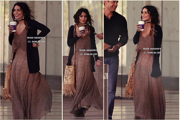 22 Avril 2011: Vanessa aperçut allant Starbucks en main à un rendez-vous d'affaire dans Los Angeles. TOP !