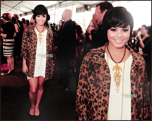 08 Septembre 2011    Vanessa à la Mercedes-Benz Fashion Week de New York City - Jour 1.