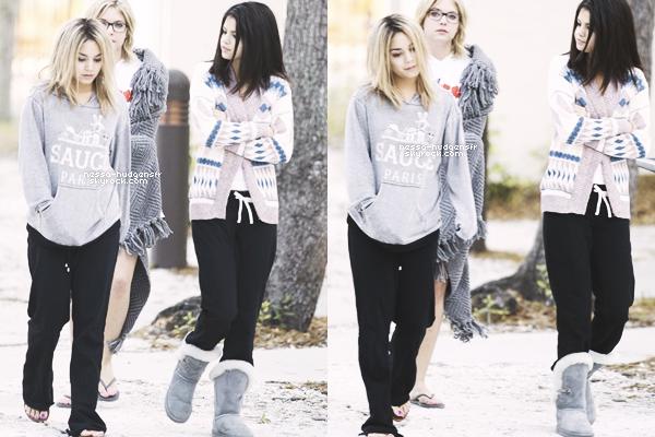 5.03.12: Blonde, Vanessa Hudgens a été vue avec ses co-stars sur le set de Spring Breakers en Floride.T'aimes ?