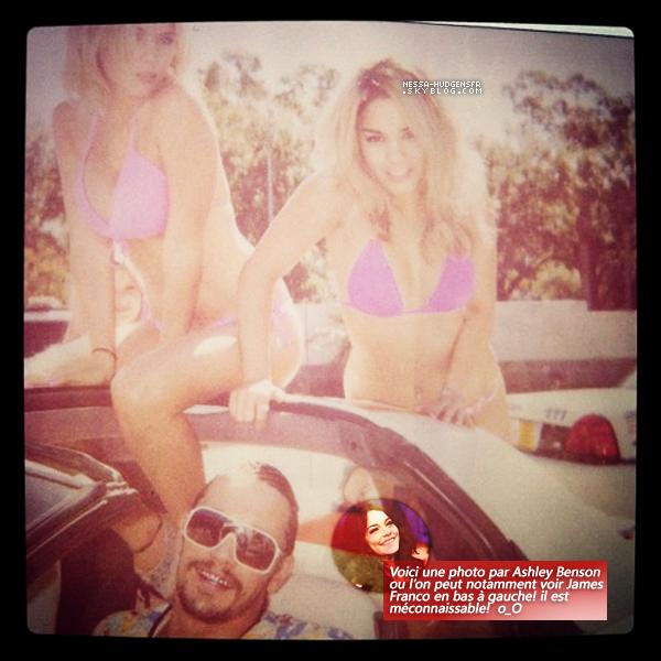 Photo perso Voici 4 photos personnelles de Vanessa & ses co-stars. T'aimes?