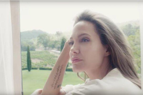 Angelina Jolie à la recherche des fans perdus