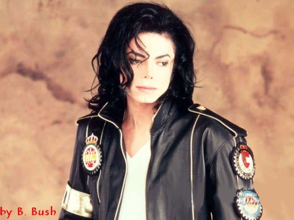 Michael, je t'aime. Tu est un ange que persone, jamais, ne pourra faire partir de ma mémoire ! Jamais, tu sera toujours vivant et immortel pour moi !