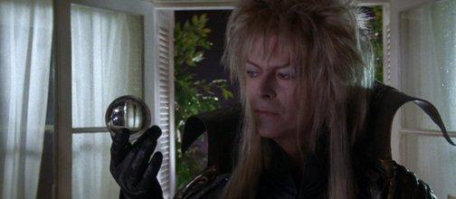 Alors que le monde s'écroule (chanson d'amour de Jareth dans Labyrinth alias David Bowie)