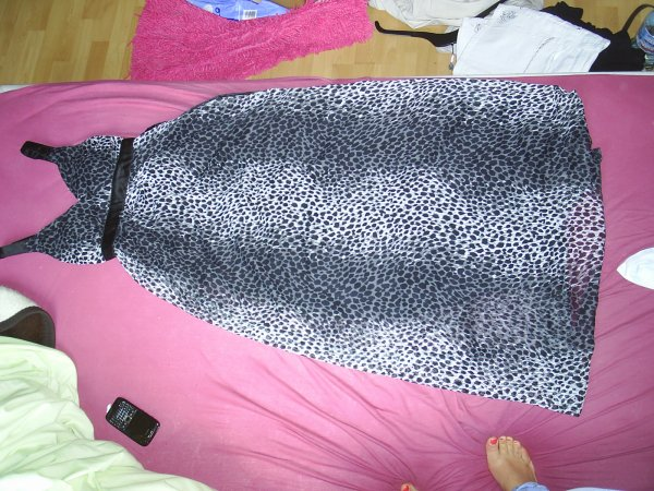 robe longue léopart taille S 12¤