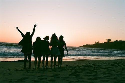 Tu t'eloignes de la personne pour voir si tu vas lui manquer et la elle de rend même pas compte que tu t'es éloigné.