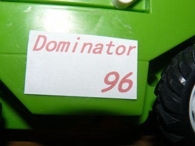 transormation de ma batteuse en : Claas Dominator 96 ( insipré de maxenceagri76 )