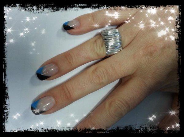 Ma nouvelle french : Noir et bleu turquoise