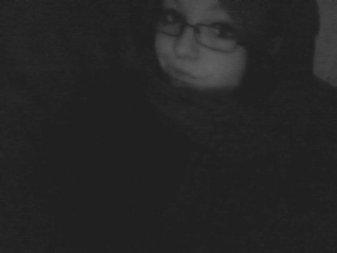 « Le sourire que j'αi sur les leivres cαche peut-être lα douleur que j'αi sur le coeur.. »