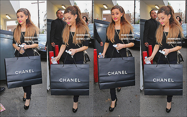 - 18/01/14: Miss Ariana Grande était aller faire un peu de shopping dans la luxueuse boutique Chanel. -