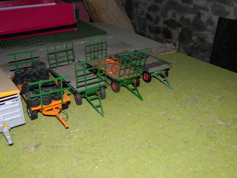 quelques un de mes charriot a 4 roues
