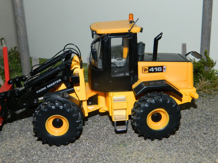 bull jcb 416s britains made in raphagri