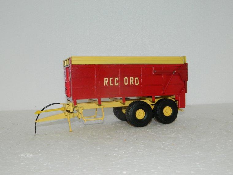 epandeur a maïs record