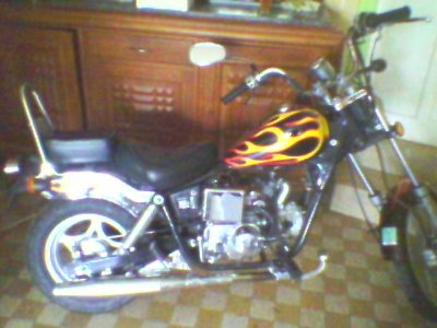 moto 50cc choppe