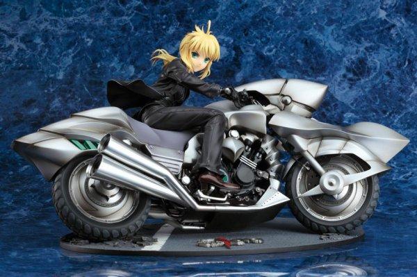 Saber figurine - Moto transformer