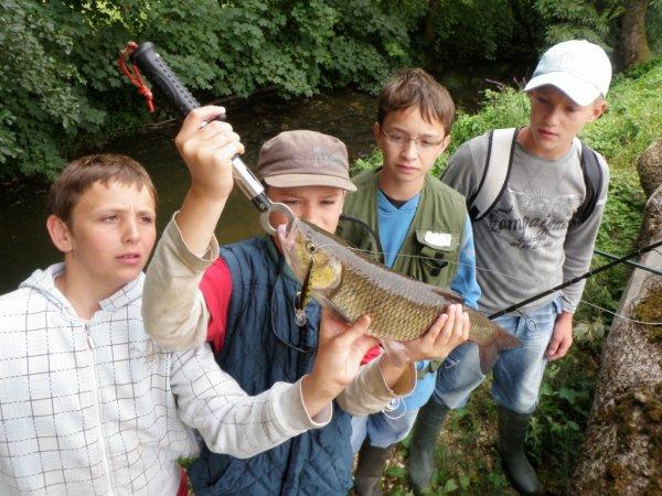 Calendrier des stages et séjours de pêche jeune... A faire circuler!