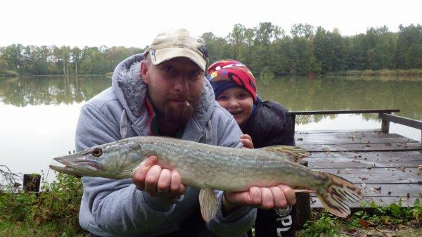 partie de pêche famille au Domaine du grand étang