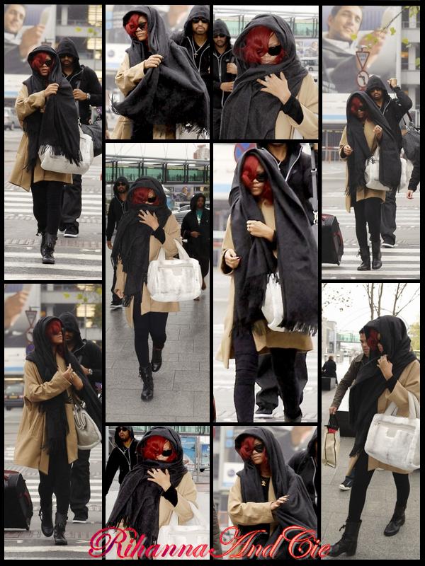 -- Vendredi 5 Novembre 2010 : Rihanna a était aperçue se matin se rendant à l'aéroport « Hearthrow » à Londres direction l'Espagne ou elle se produira Dimanche soir lors des MTV Europe Music Awards qu'on pourra suivre sur MTV a partir de 19h45 .. Buenos días Rihanna--